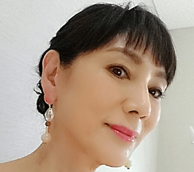 秋野暢子さん