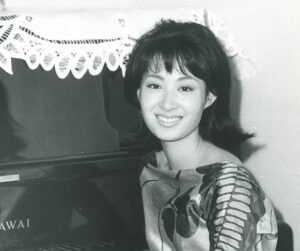 三田佳子さんスナップ